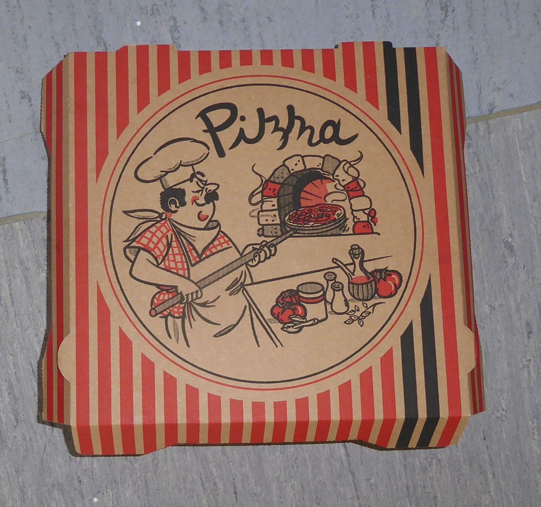 Pizzakarton.jpg